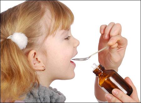 Cách cho trẻ uống thuốc (p2)