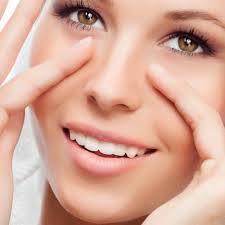 Chăm sóc nếp da nhăn vùng mắt